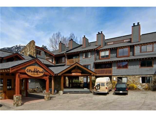 304-2021 KAREN CRES - Whistler Creek Apartment/Condo for sale, 0.5 Bedroom (R2257743) #1